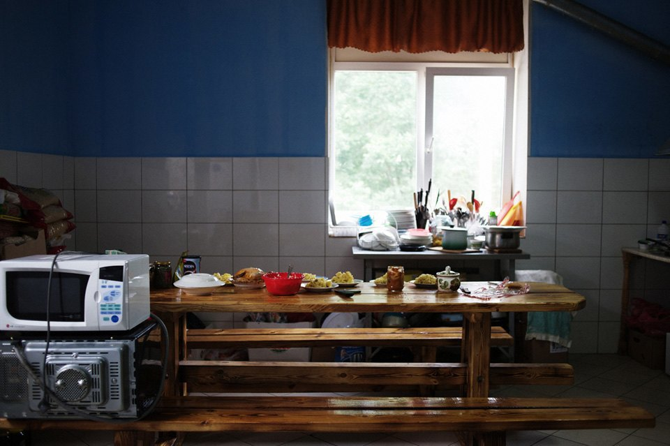 Украинские беженцы  в общежитии вПечатниках. Изображение № 11.