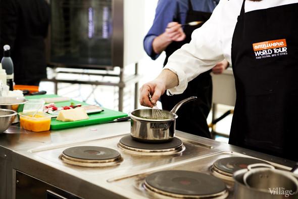 Omnivore Food Festival: Илья Шалев и Алексей Зимин готовят три блюда из редиса и черемши . Изображение № 39.