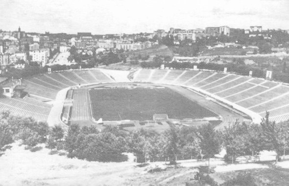 Стадион образца 1950 года. Изображение № 2.