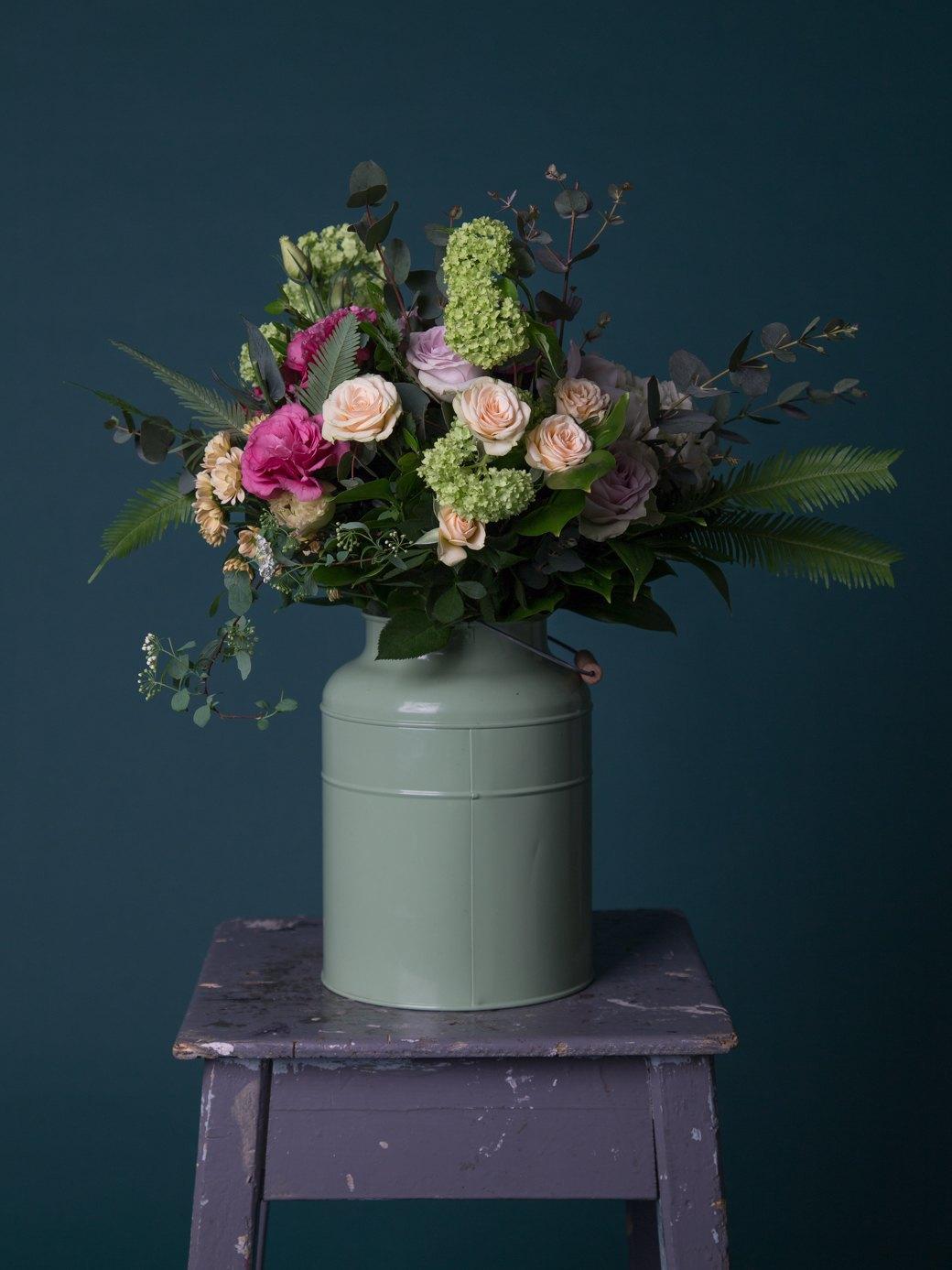 Сколько стоит букет цветов?. Изображение № 59.