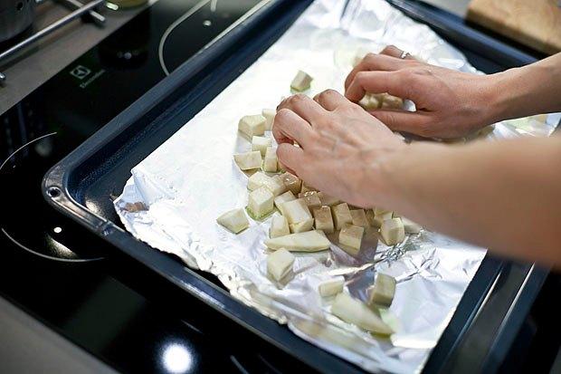 Шеф дома: Ростбиф-салат и тыквенная каша Мириам Сехон. Изображение № 20.