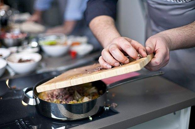 Шеф дома: Грузин и итальянец готовят по рецептам бабушек. Изображение № 109.