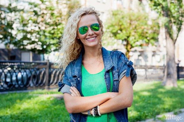 Внешний вид (Киев): Ирина Старченко, менеджер в Red Bull. Изображение №2.
