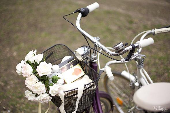 С твидом на город: Участники первого «Ретрокруиза»— о своей одежде и велосипедах. Изображение № 16.