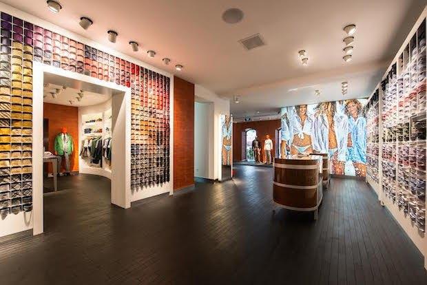 В магазине Suitsupply на «Красном Октябре» запустился сервис индивидуального пошива костюмов. Изображение № 3.