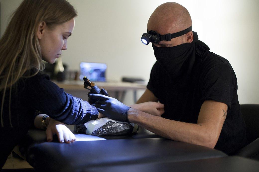 Cмартфон vs. Компьютер: Что нужнее в работе тату-мастера. Изображение № 24.