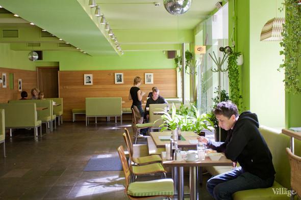 В Петербурге открылось вегетарианское кафе. Изображение № 3.