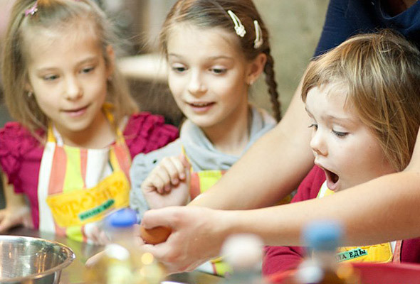 В «Барсучьей школе» за полтора года обучили кулинарии 1 500 детей и взрослых.  . Изображение №3.
