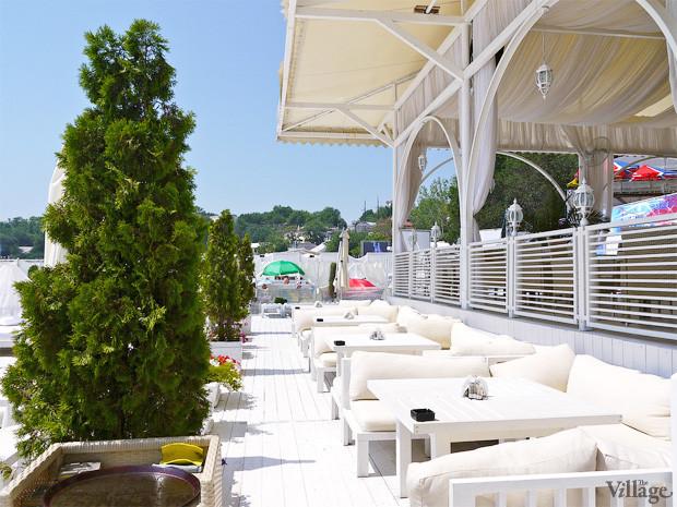 На песке: 5 пляжных клубов Одессы. Зображення № 28.