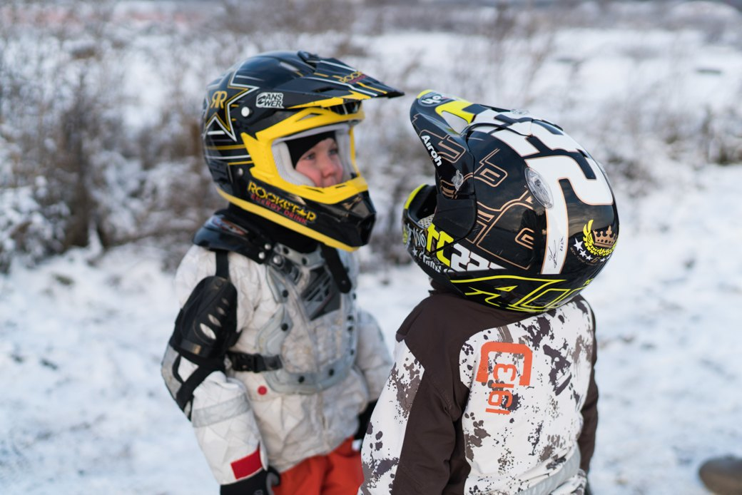 Мотодетки: Маленькие мотоциклисты иихродители — отом,зачем ребёнку гонки. Изображение № 18.