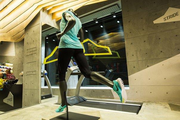 В Москве открылся магазин для бегунов Stride. Изображение № 3.
