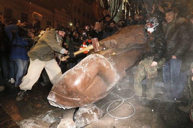 Работа со вспышкой: Фотографы — о съёмке на «Евромайдане». Изображение № 14.