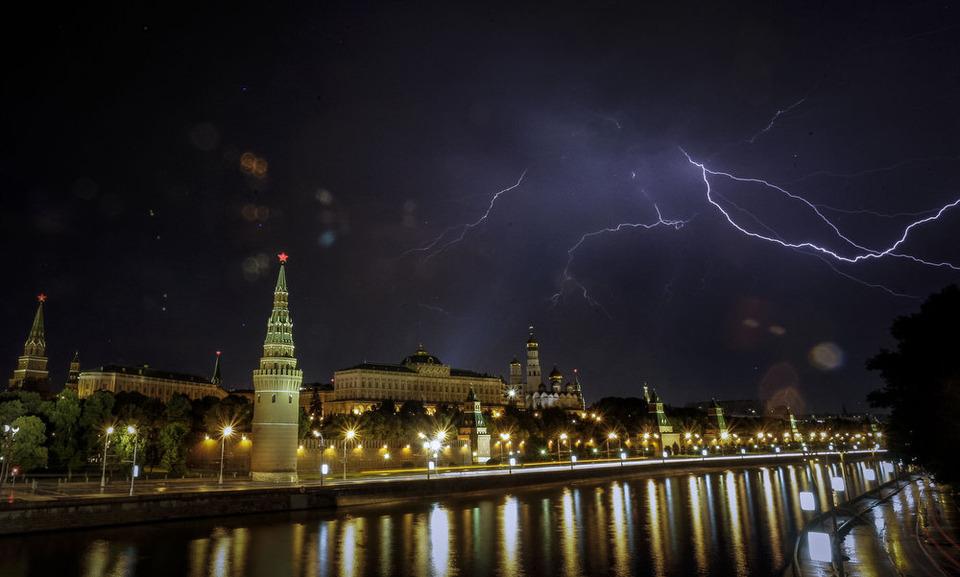 Камера наблюдения: Москва глазами Сергея Пономарёва. Изображение №2.