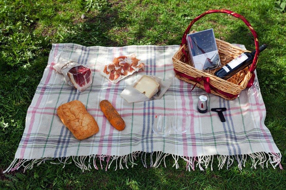 6 корзин для пикника впетербургских ресторанах. Изображение № 6.