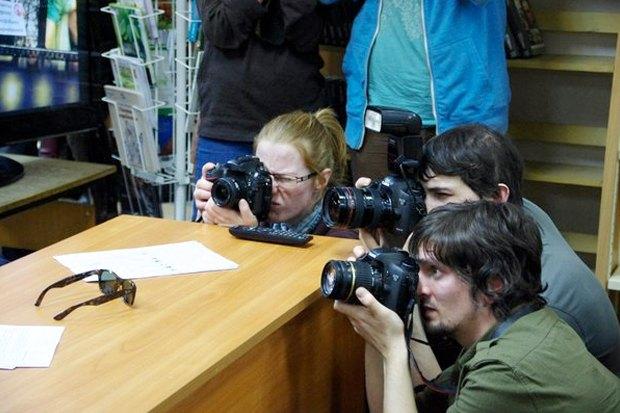 «Хочется какого-то фреша»: Как Виталий Милонов встретился сгорожанами. Изображение № 5.
