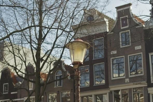 Дизайн фонарей не менялся с XIX века. Изображение № 12.