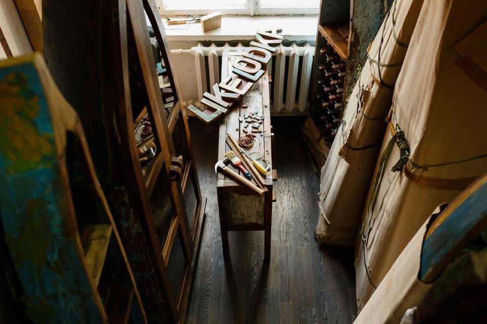 Бывшие финансисты, которые делают мебель из лодок. Изображение № 3.