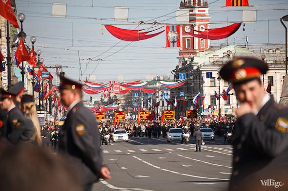 День Победы в Москве и Петербурге: Как гуляют и о чём вспоминают ветераны 9 Мая. Изображение № 36.