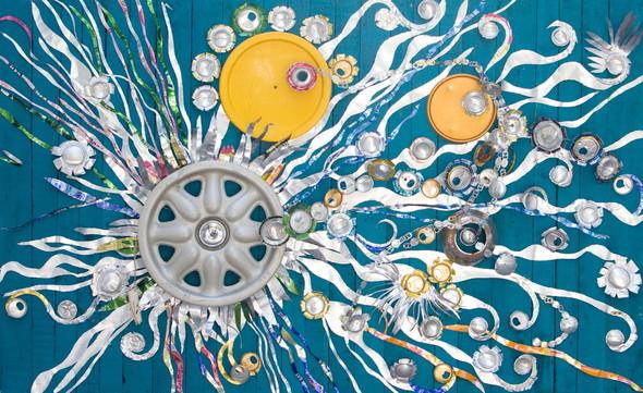 В Mironova Gallery открылась выставка картин из мусора. Изображение № 3.