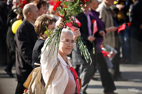 День Победы в Москве и Петербурге: Как гуляют и о чём вспоминают ветераны 9 Мая. Изображение № 54.