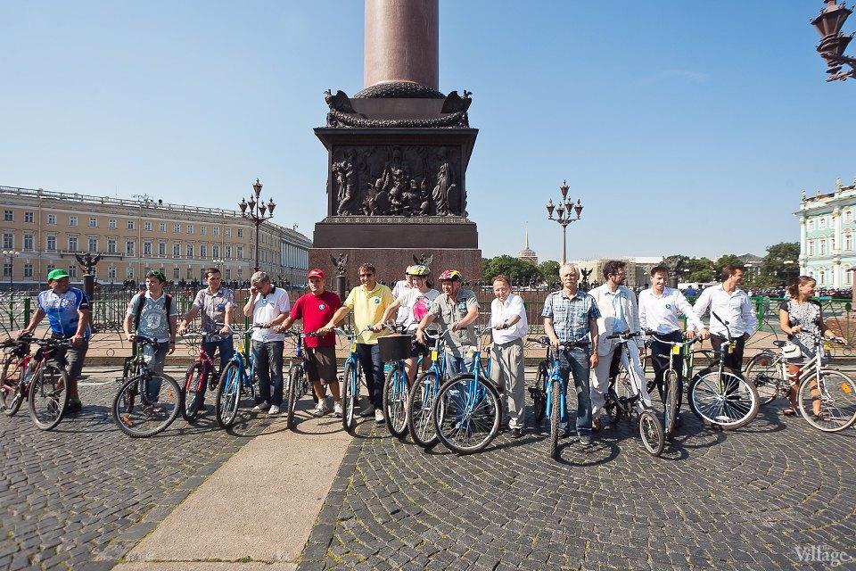 Где наши мигалки: Как петербургские депутаты пересели на велосипеды. Изображение № 16.