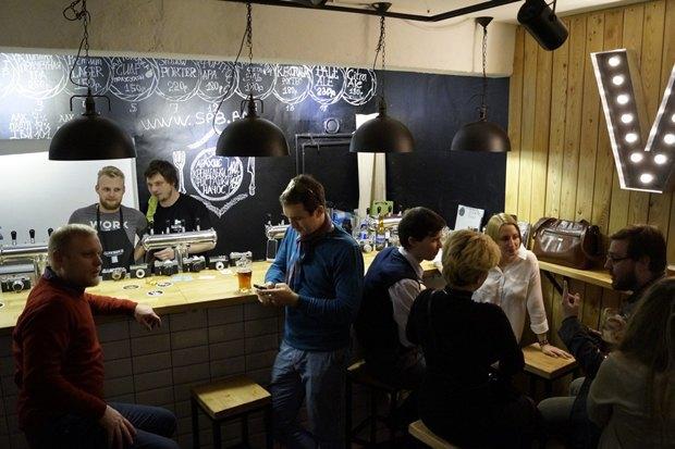 В«Этажах» открылся бар «Выдержка» сотечественным пивом исидром. Изображение № 2.