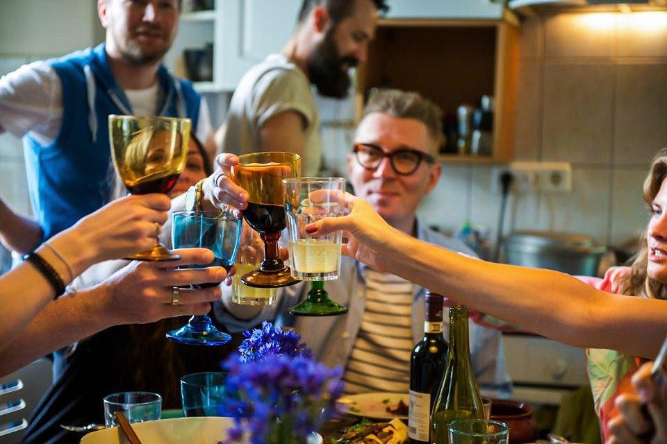 Кто изачем устраивает домашние званые ужины иобеды вМоскве. Изображение № 34.