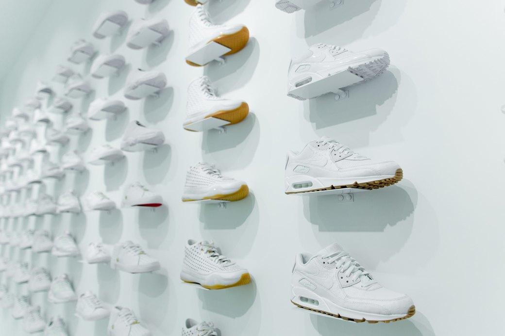 Sneaker White наПокровке. Изображение № 5.