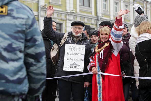 Близкое окружение: Участники акции «Белый круг» о проблемах Москвы. Изображение № 44.