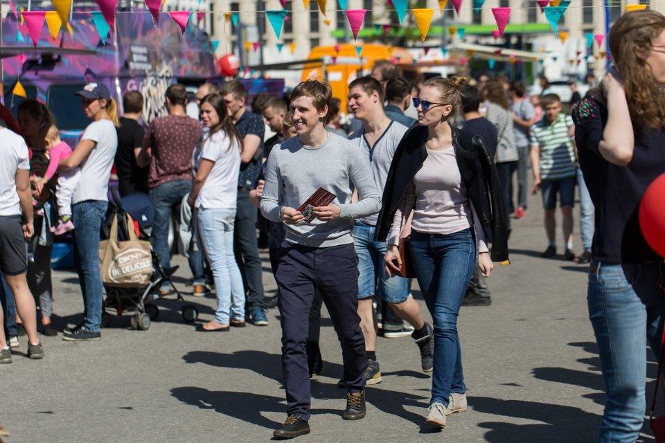 Участники фестиваля кафе наколесах. Изображение № 11.