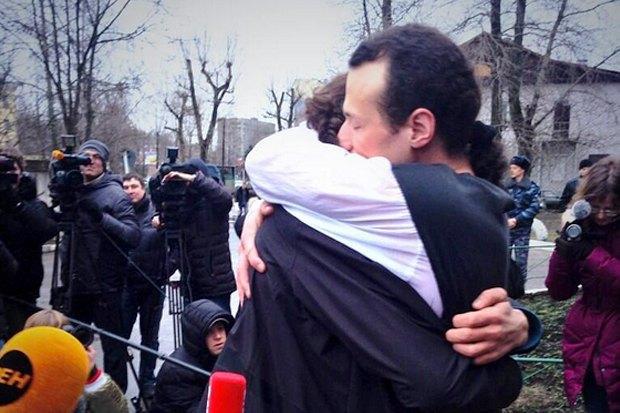 Илья Фарбер вышел на свободу. Изображение № 1.