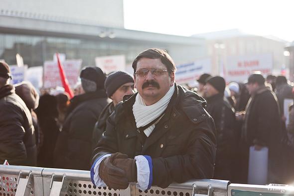 Фоторепортаж: Митинг в поддержку Путина в Петербурге. Изображение № 32.