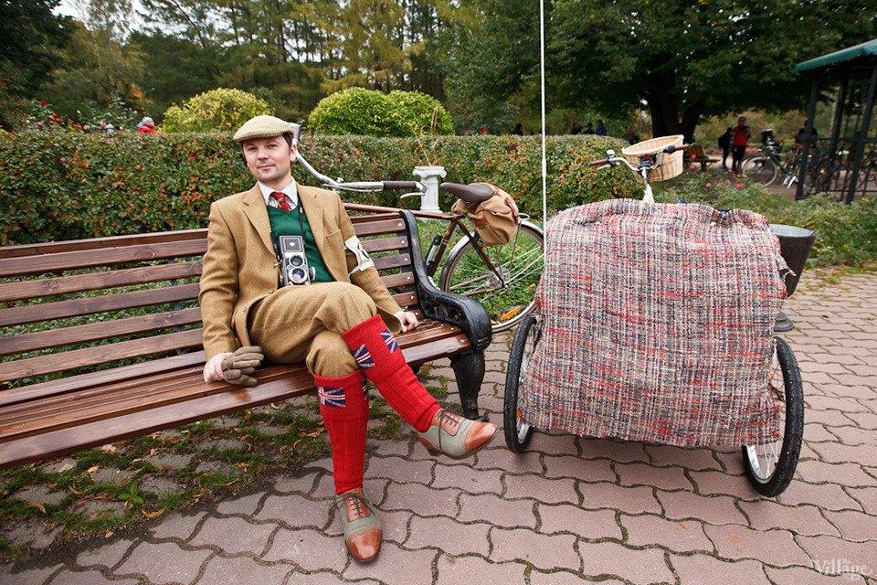 С твидом на город: Участники велопробега Tweed Ride о ретро-вещах. Изображение № 46.