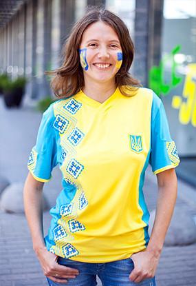 Жёлто-голубые: Самые яркие фанаты сборных Украины и Швеции. Изображение № 1.