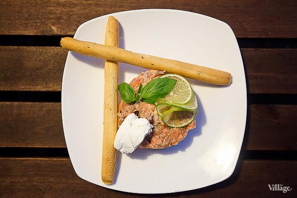 Тартар из лосося — 350 рублей. Изображение № 30.
