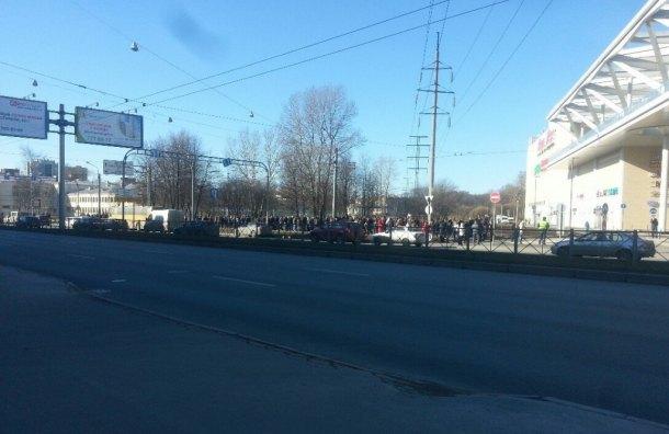 ТЦ «Европолис» эвакуировали из-за сообщения озаминировании. Изображение № 1.