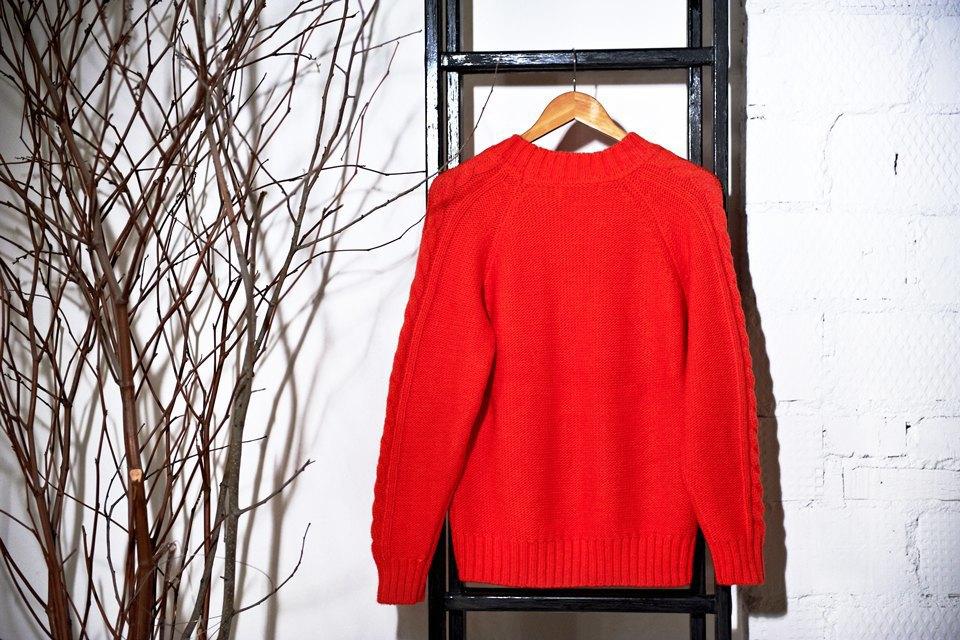 Вещи недели: 13 ярких свитеров. Изображение № 2.