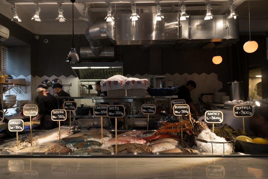 Картинки по запросу Shell, Yes seafood bar москва