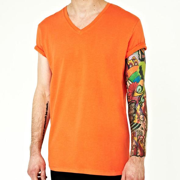 Вещи недели: 10 ярких футболок. Изображение № 6.