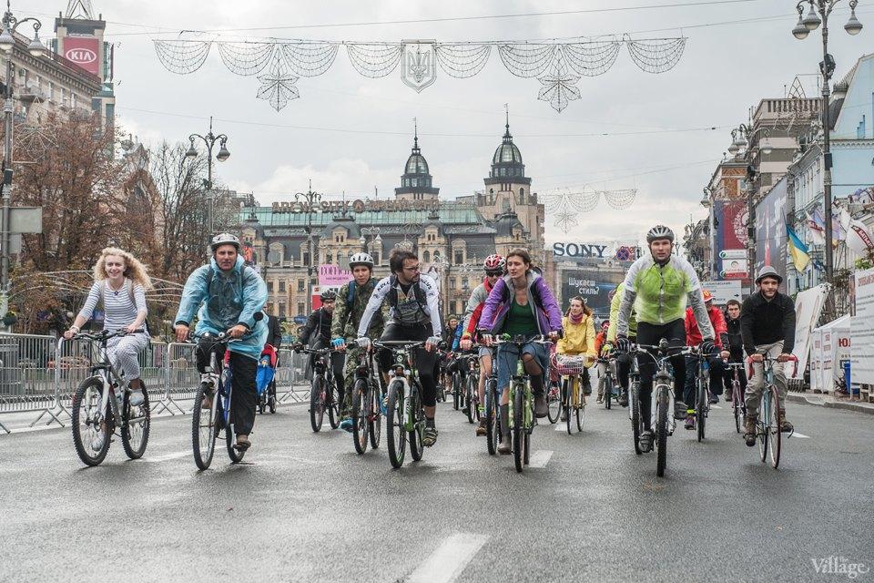 Люди в городе: участники велопарада впижамах. Изображение № 4.