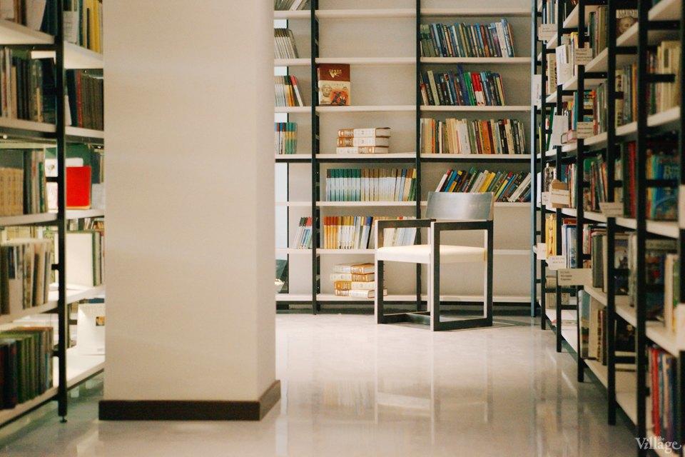 Фото дня: Как выглядит современная библиотека. Изображение № 11.