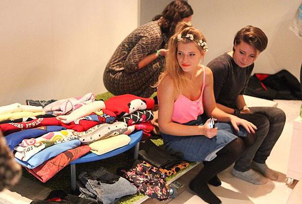 В Киеве можно будет обменяться ненужной одеждой и обувью. Изображение № 8.