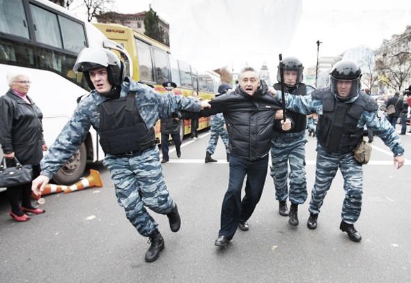 Copwatch: Действия милиции на Крещатике в день оглашения приговора Юлии Тимошенко. Зображення № 24.