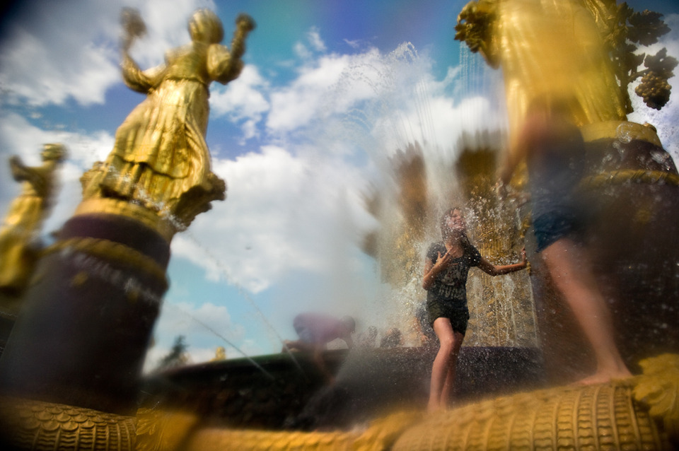 Камера наблюдения: Москва глазами Дмитрия Костюкова. Изображение №13.