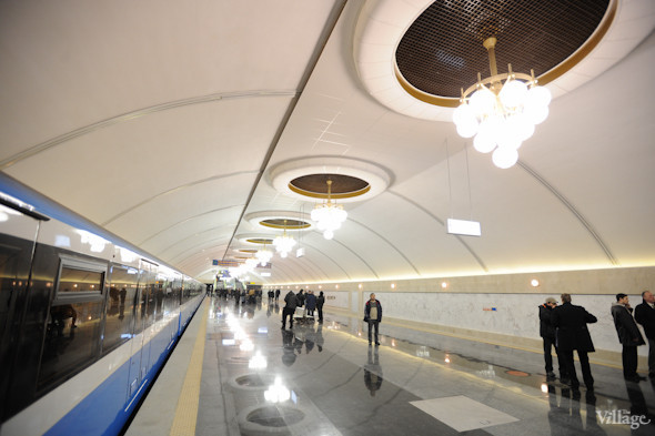 Фоторепортаж: В Киеве открылась новая станция метро. Зображення № 1.