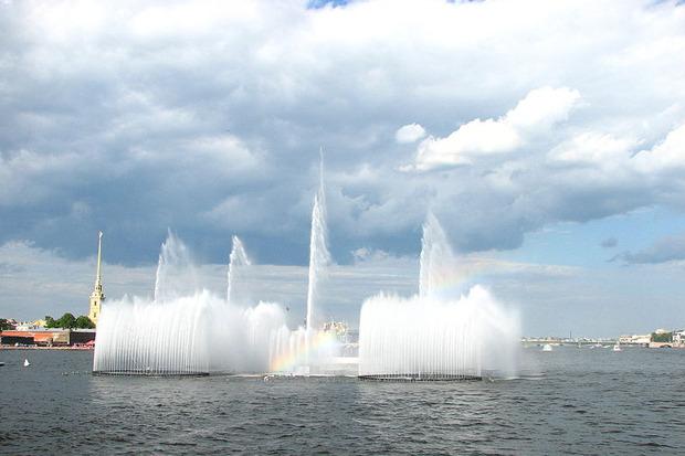 На Неву вернут плавучий фонтан. Изображение № 2.