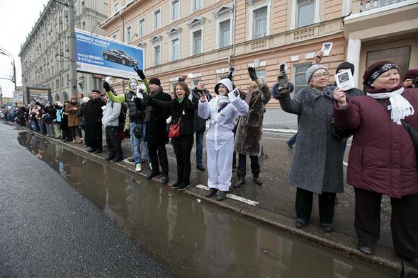 Близкое окружение: Участники акции «Белый круг» о проблемах Москвы. Изображение № 49.
