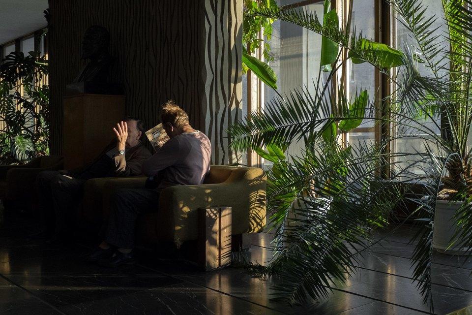 Театральный режиссёр Павел Артемьев— отом, на какой спектакль вести маму, бабушку, девушку. Изображение № 3.