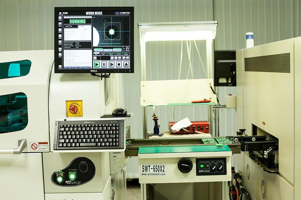 Производственный процесс: Как делают платы для электроники. Изображение № 11.
