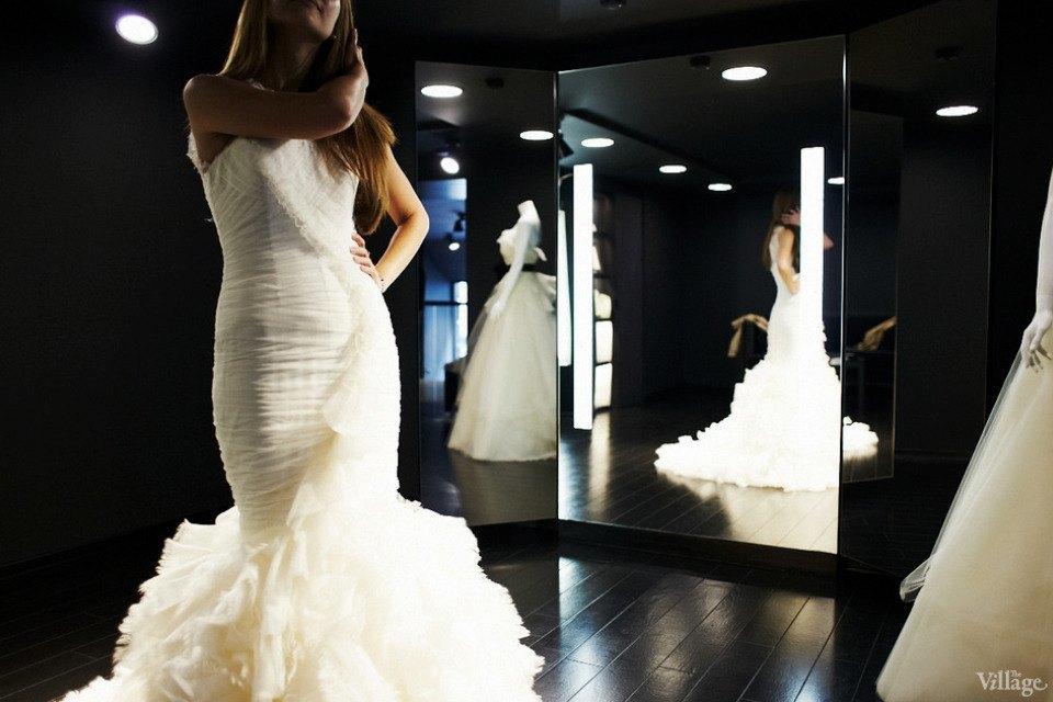 Любо-дорого: Невесты о свадебныхплатьях. Изображение № 5.